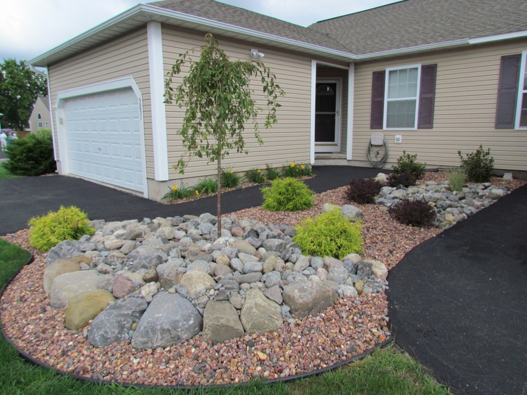 Landscaping With Mulch And Stone : Decorative stone slideshow michael grimm services